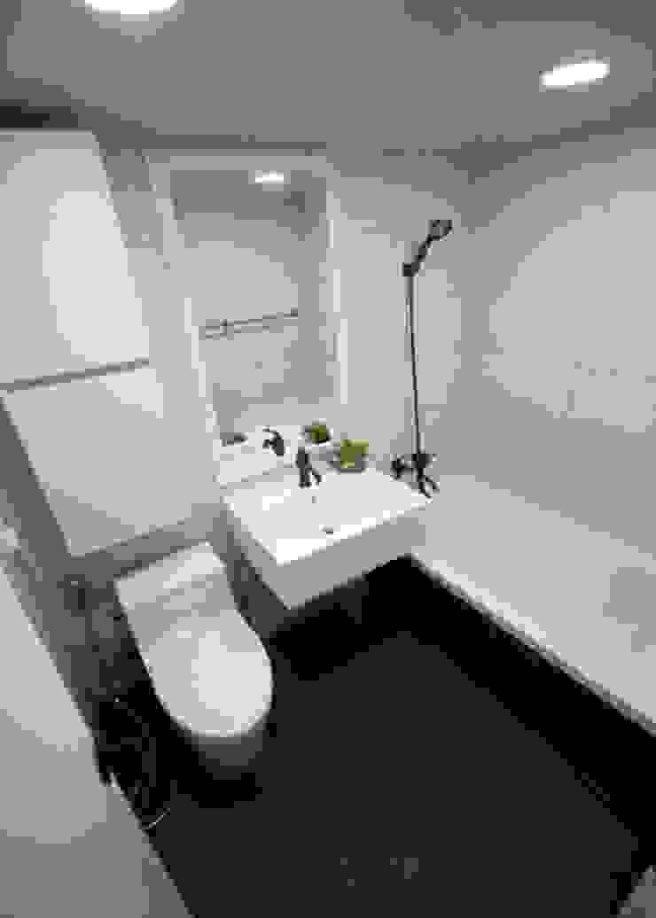 [심플인테리어] 화성시 동탄2신도시 마이너스옵션 아파트인테리어 34PY 모던스타일 욕실 by 디자인스튜디오 레브 모던