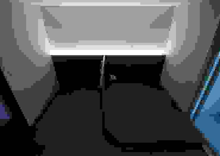 [심플인테리어] 화성시 동탄2신도시 마이너스옵션 아파트인테리어 34PY 모던스타일 침실 by 디자인스튜디오 레브 모던