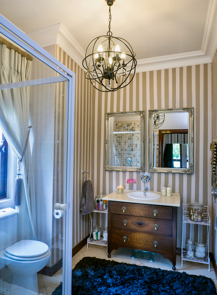 Bathroom Classic style bathroom by Carne Interiors Classic