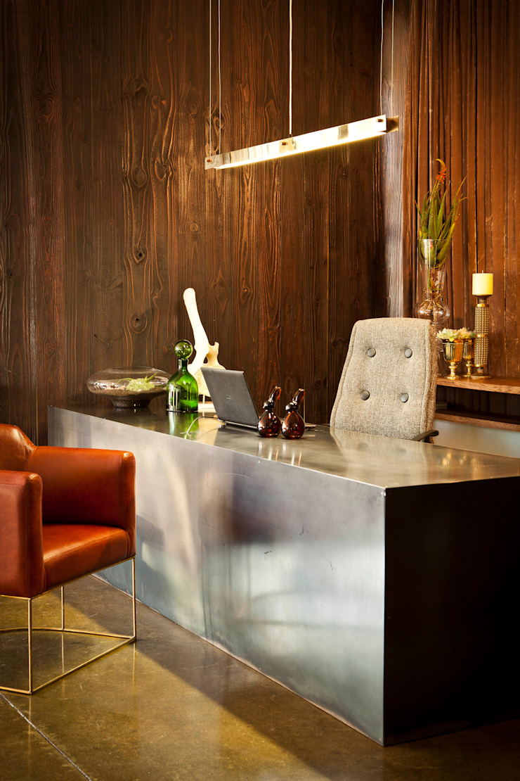 Interior spaces by Egg Designs CC Modern