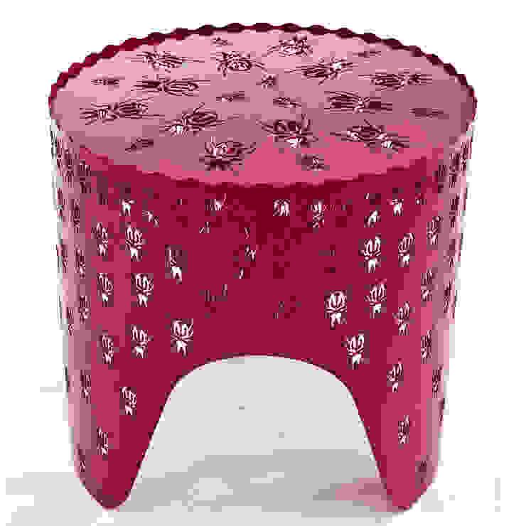 Bug side table: modern  by Egg Designs CC, Modern Metal