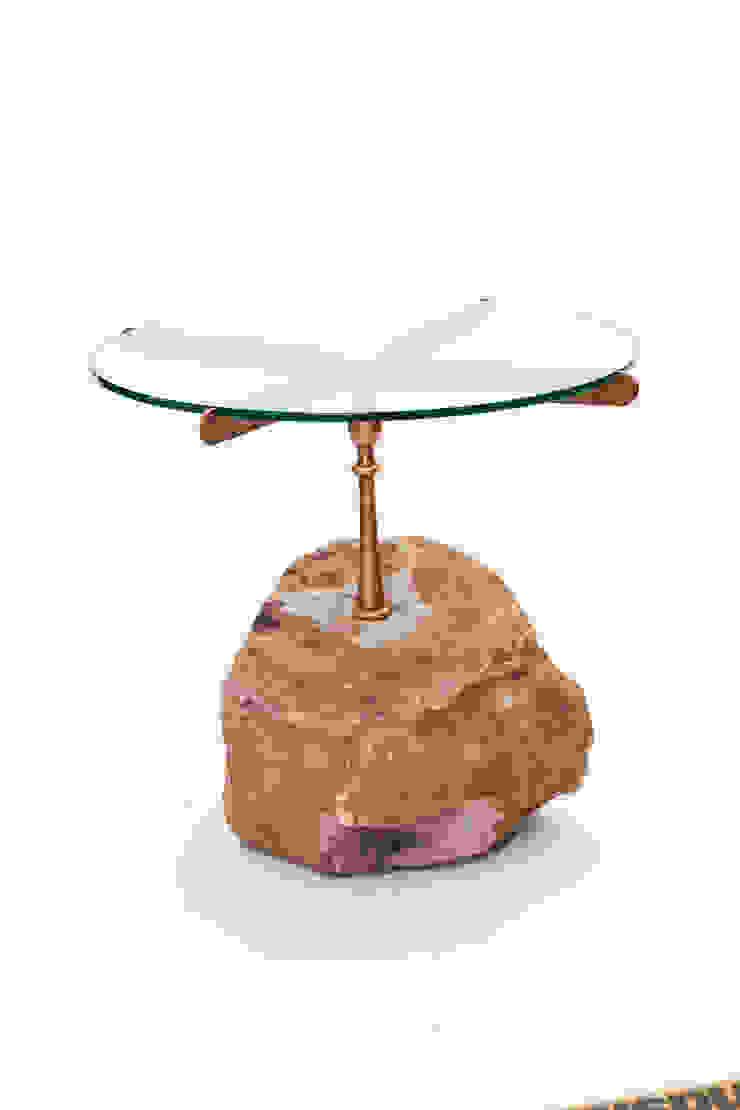 Stone side table: modern  by Egg Designs CC, Modern Stone