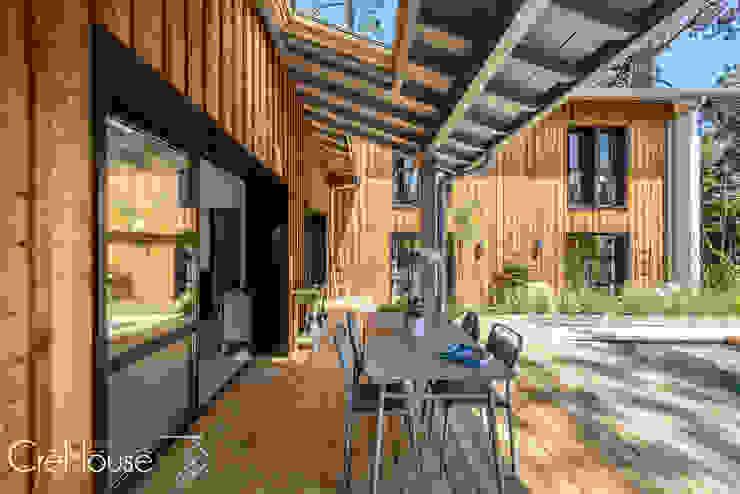 Modern houses by Agence CréHouse Modern