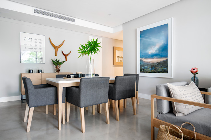 WATERFRON STAY_GULMARN APARTMENTS Scandinavian style dining room by MINC DESIGN STUDIO Scandinavian