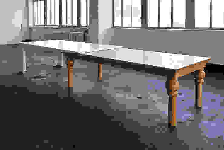 Kißkalt Designs ダイニングルームテーブル 木 多色