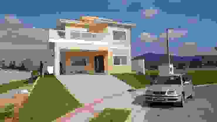 Classic style houses by Marcio Almeida - Arquitetura e Construção Classic