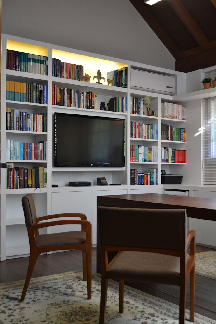 Modern style study/office by Join Arquitetura e Interiores Modern