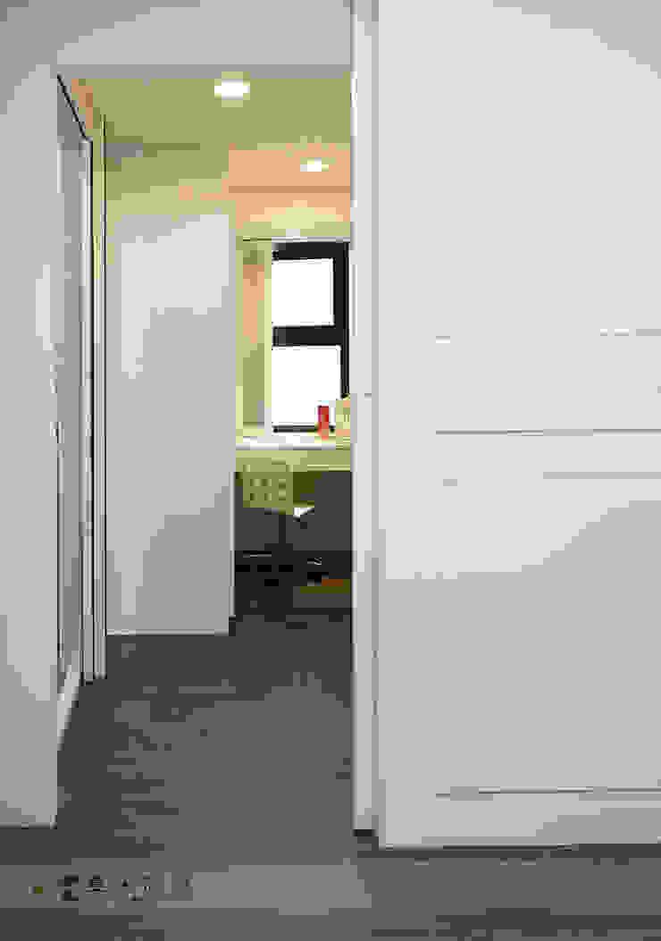 富立DC休閒會館 根據 寬森空間設計 古典風 木頭 Wood effect