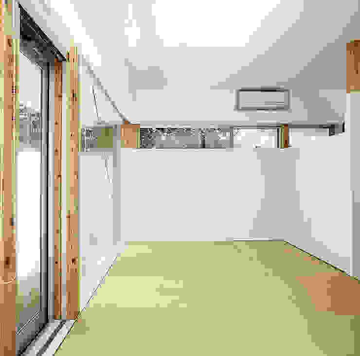 伊集院の住宅 II モダンデザインの 多目的室 の アトリエ環 建築設計事務所 モダン