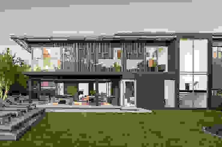 by GSQUARED architects Сучасний