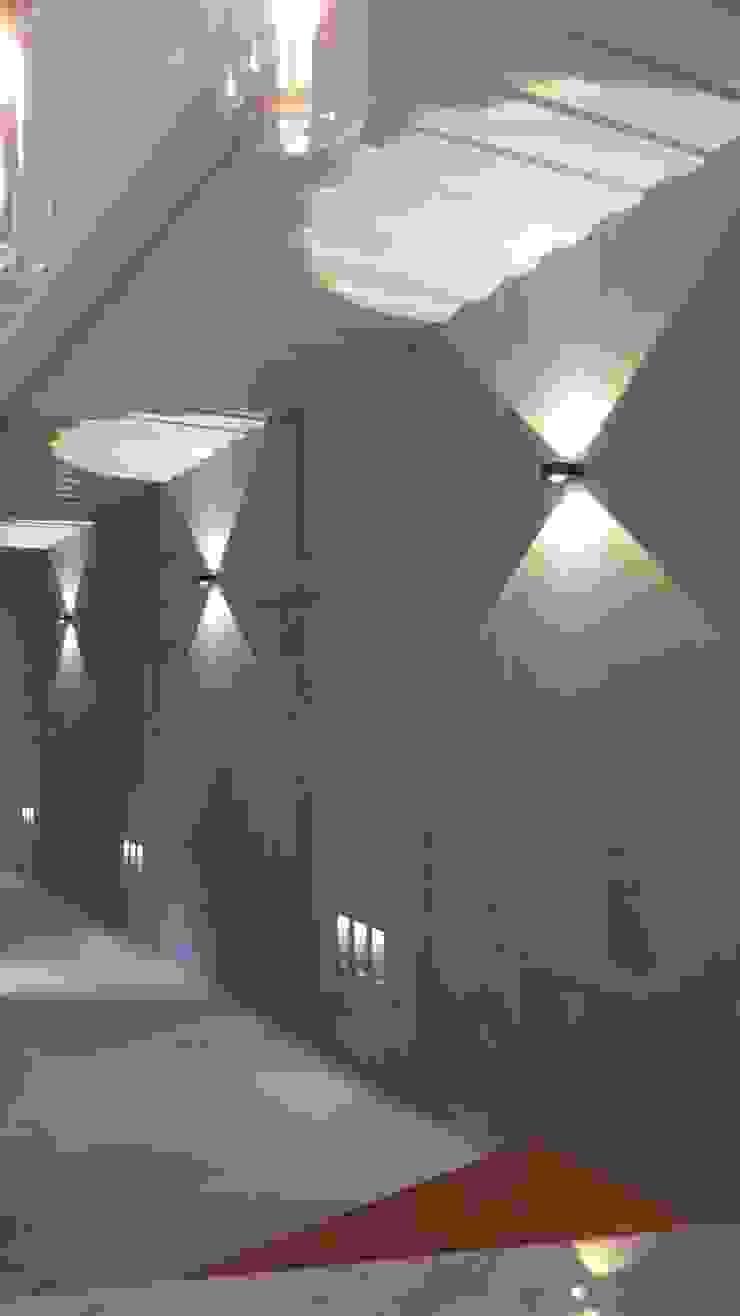 石方室內裝修有限公司 Espaces commerciaux minimalistes