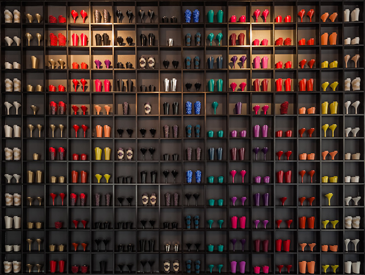 shoe exhibitor and lighting designed by INAIN at TANYA HEATH store by INAIN Interior Design Modern