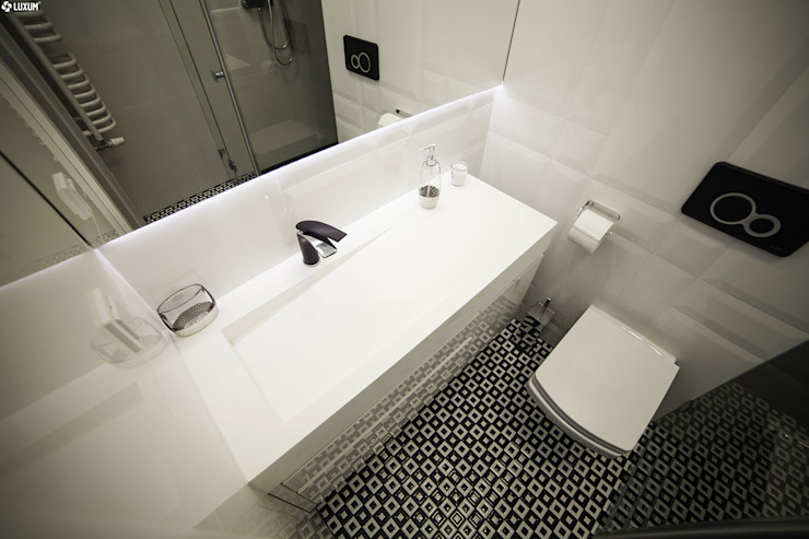 Luxum Scandinavian style bathrooms White