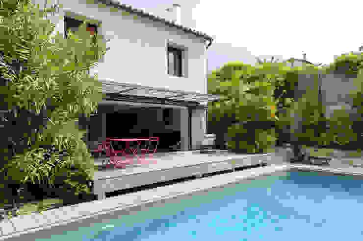 Mediterranean style houses by Atelier Jean GOUZY Mediterranean