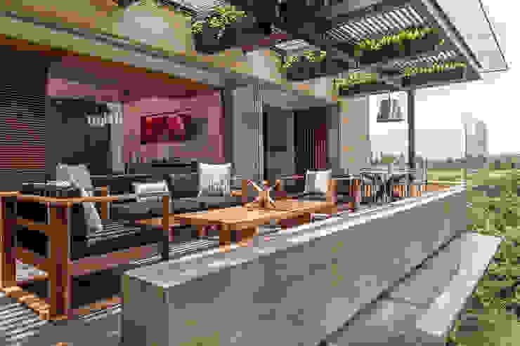 PROYECTO: DEPARTAMENTO TORRE MURANO BARDASANO ARQUITECTOS Balcones y terrazas de estilo moderno