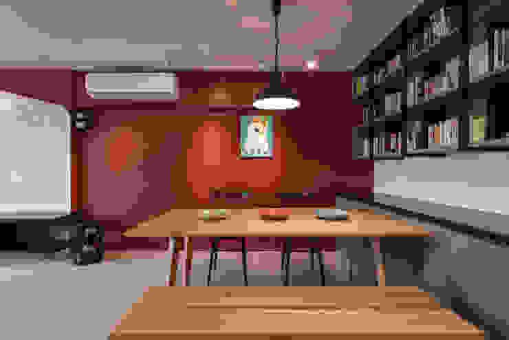 餐廳 Eclectic style dining room by 存果空間設計有限公司 Eclectic