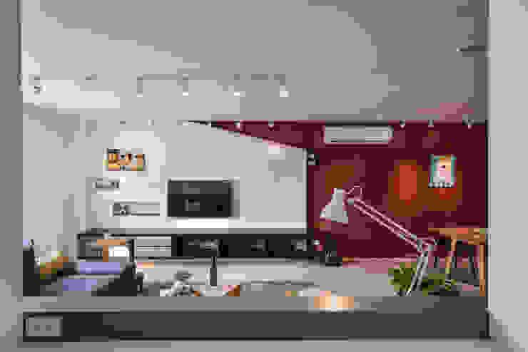 客廳 根據 存果空間設計有限公司 隨意取材風