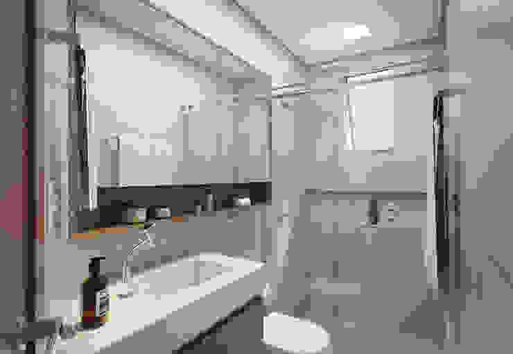 Filipe Castro Arquitetura | Design Minimalist bathroom Ceramic Grey