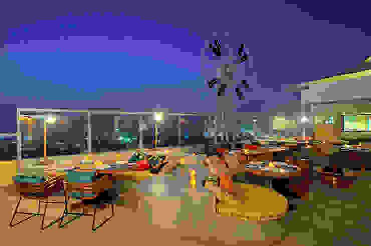 Restaurants Classic bars & clubs by Zeba India Pvt. Ltd. Classic