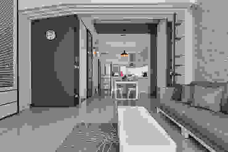 天花過渡 现代客厅設計點子、靈感 & 圖片 根據 存果空間設計有限公司 現代風