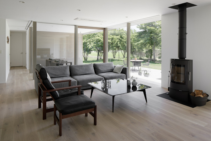Modern living room by atelier137 ARCHITECTURAL DESIGN OFFICE Modern