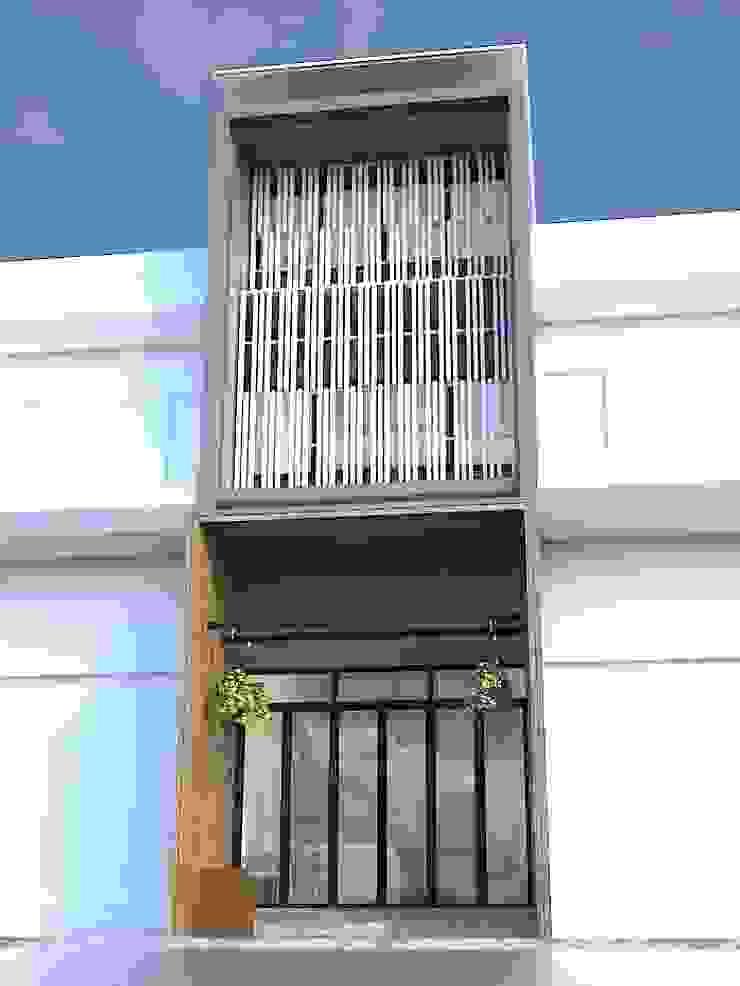 รีโนเวทตึกแถว 3 ชั้นครึ่งเป็นร้านอาหาร โดย KENG DESIGN