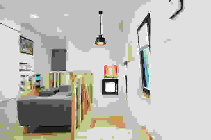 Salas de estilo clásico de 한글주택(주) Clásico