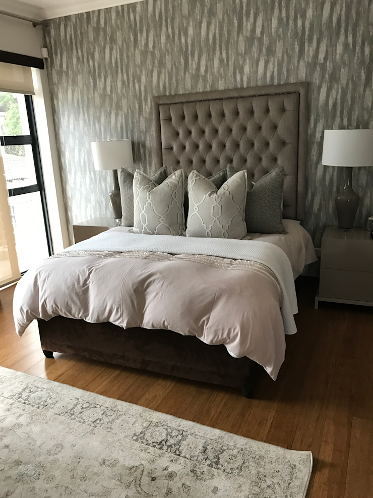 Main Bedroom: modern  by Candice Woodward Interiors cc, Modern