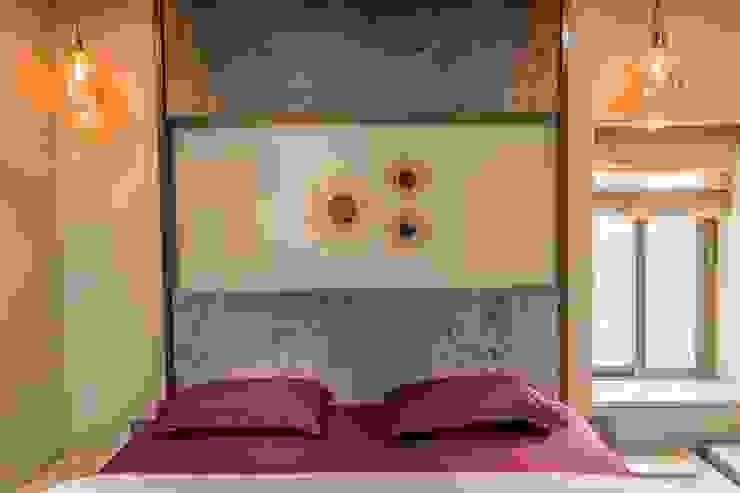 Rishi Villa - Pune Modern style bedroom by Aesthetica Modern