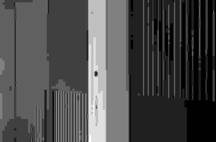 Scrigno S.p.A. Unipersonale Minimalist style doors