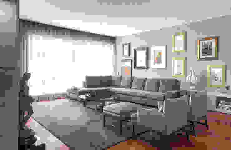Living Room Modern Living Room by INAIN Interior Design Modern