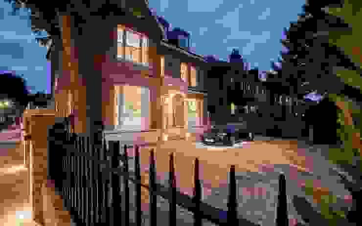 Barnes: Exterior Post Renovation homify Modern houses