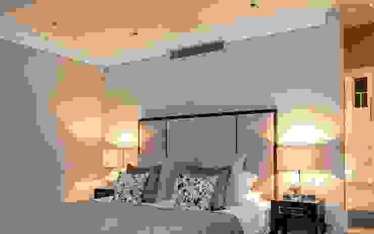Barnes: Master Bedroom:  Bedroom by Studio K Design,