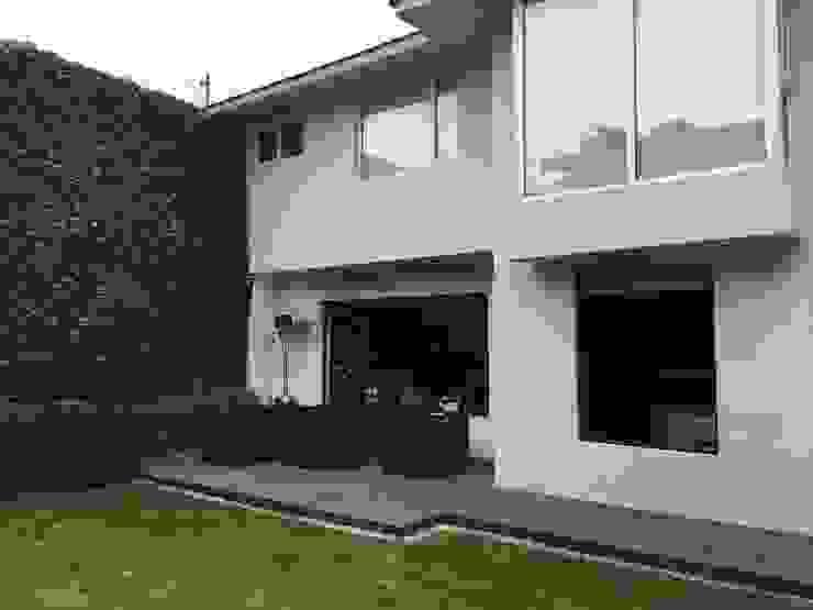Terraza Original by Hall Arquitectos Minimalist