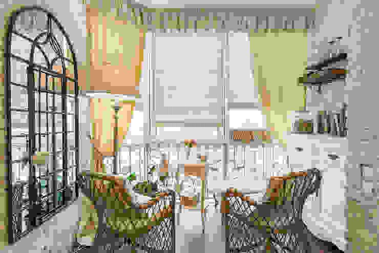 Classic style balcony, veranda & terrace by Дизайнер Светлана Юркова Classic