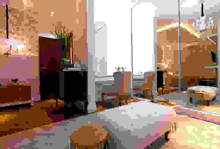 Modern Dressing Room by Pavesi Arquitetura Modern