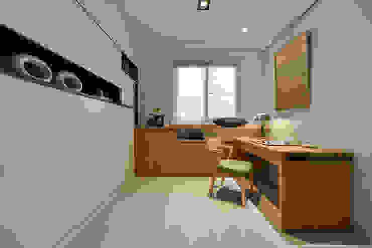 書房 床架收合 根據 存果空間設計有限公司 現代風