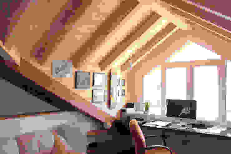 Suddivisione e ristrutturazione villa architetto pescante monica Studio moderno