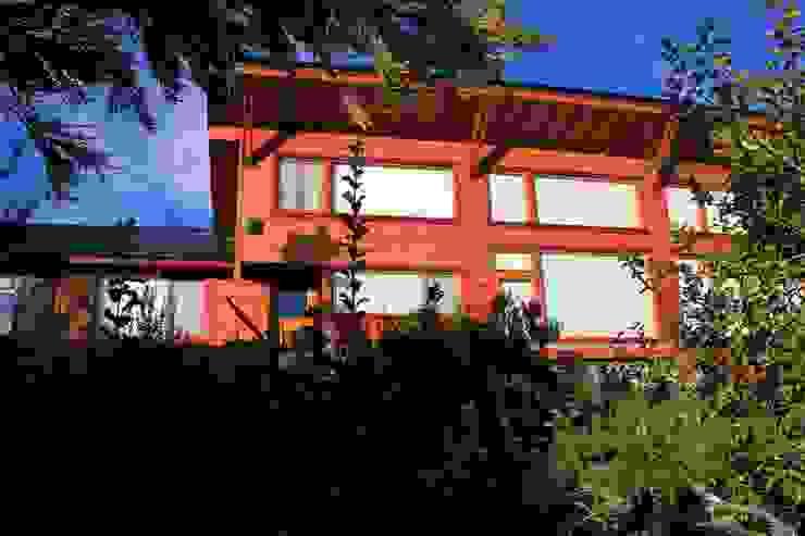 Vista homify Casas rústicas