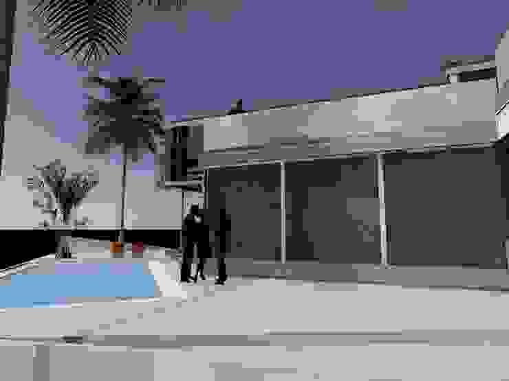 Poseidón, Pucusana, Lima Casas modernas: Ideas, diseños y decoración de BIMGR Moderno