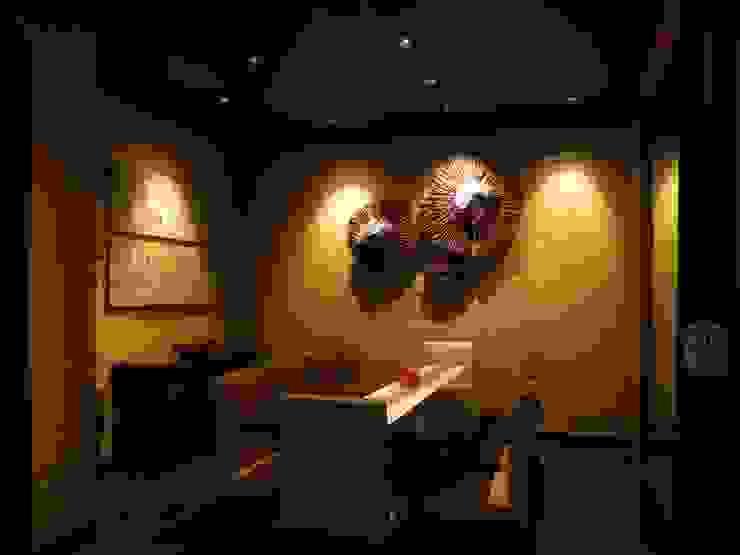 VIP Room Gastronomi Gaya Asia Oleh FerryGunawanDesigns Asia