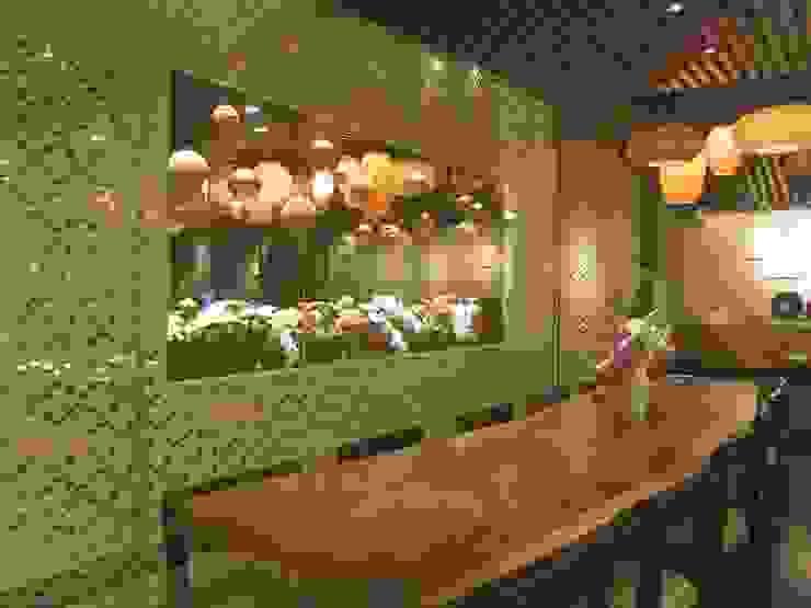 Dining Area Gastronomi Gaya Asia Oleh FerryGunawanDesigns Asia