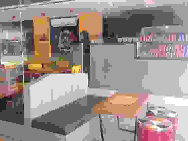 Bakoel Sangu Cafe & Bistro Gastronomi Gaya Eklektik Oleh RANAH Eklektik