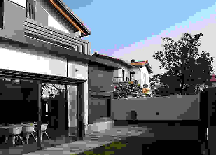 Maisons classiques par Rafael Hernáez Loza AITEC Proyectos Classique