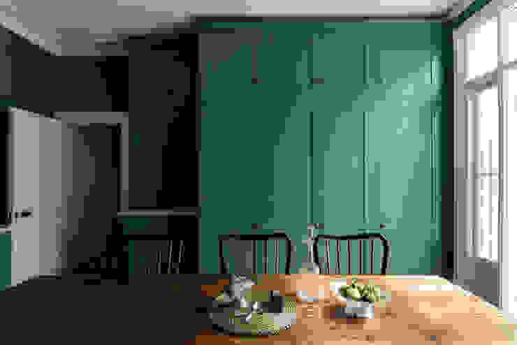 The Upminster Kitchen by deVOL Cocinas de estilo clásico de deVOL Kitchens Clásico