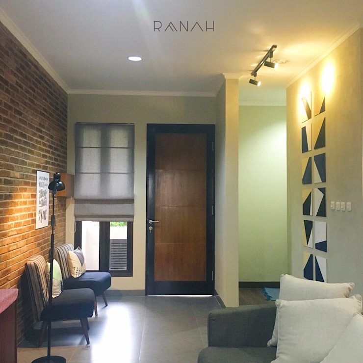 RANAH Industrial style living room Wood effect