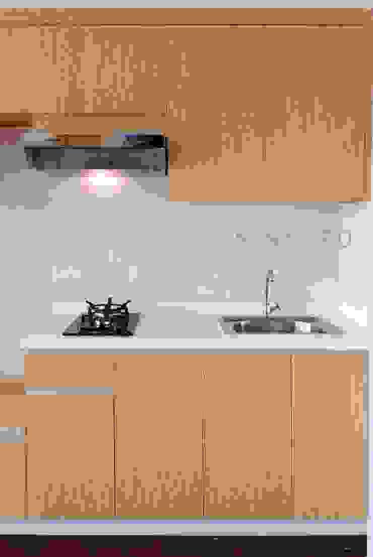 Studio Apartment – Bintaro Plaza Residence Dapur Gaya Skandinavia Oleh RANAH Skandinavia