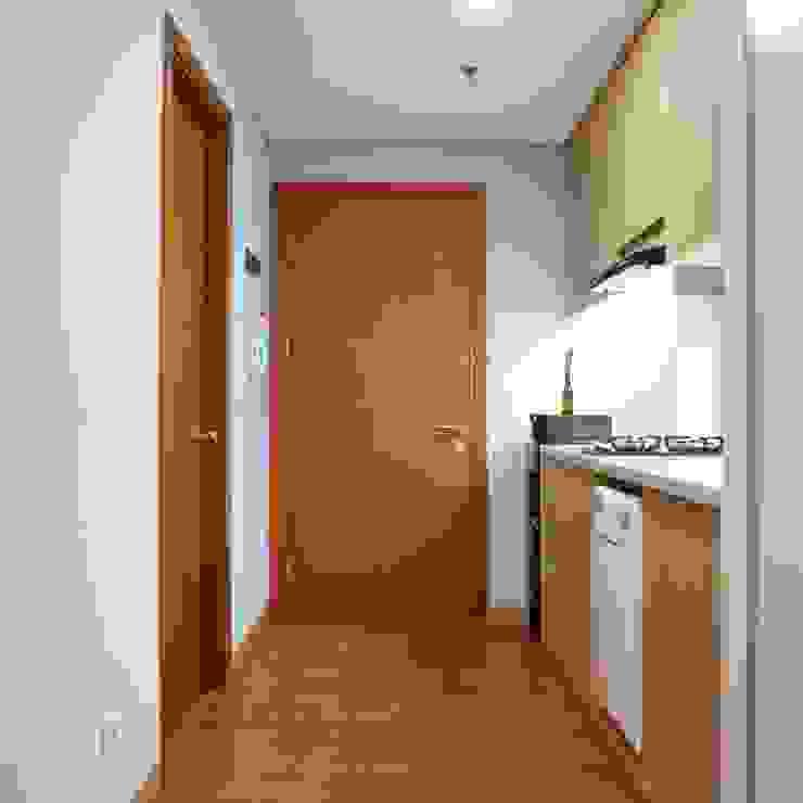 Studio Apartment – Woodland Park Kalibata Koridor & Tangga Minimalis Oleh RANAH Minimalis