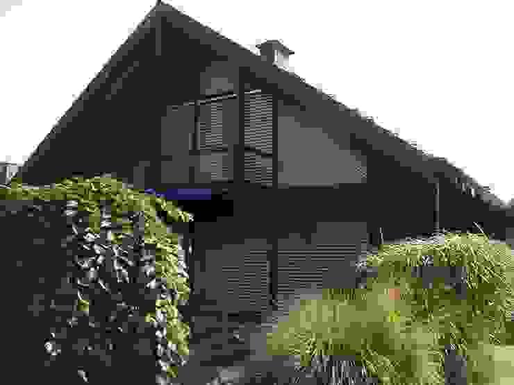 Дома в классическом стиле от Mester Fenster-Rollladen-Markisen Классический