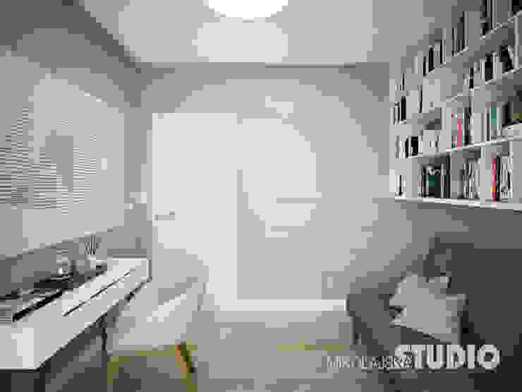 Modern study/office by MIKOŁAJSKAstudio Modern